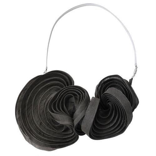 《ネックレス》Pleated necklace Black