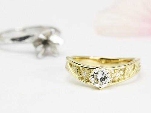 18金製桜の透かし彫のダイヤモンドリフォーム