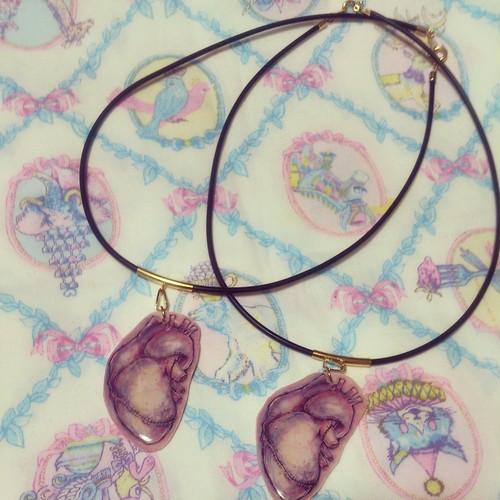 魔女の心臓ネックレス