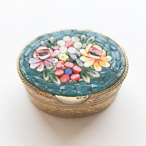 micro mosaic oval box[o-1]
