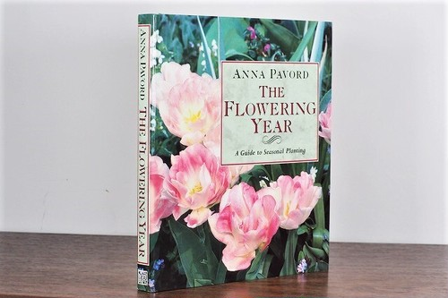 【VW056】The Flowering Year: A Guide to Seasonal Planting /visual book
