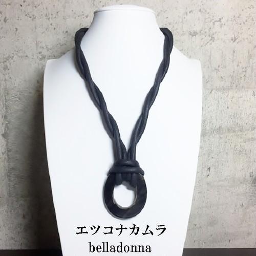 水牛のブラックのねじりロープネックレス