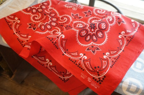 "60's Elephant brand large-sized red Bandana ""TRUNK UP"""