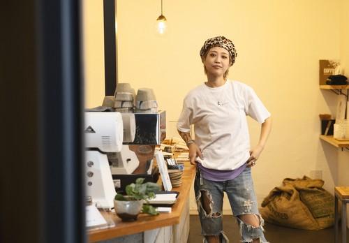[T-Shirt] -  Typica White 【60gのサンプルコーヒー豆付き】