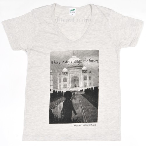 PHOTO Tシャツ ③ This one step changes the future.