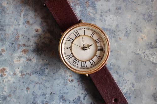 真鍮リング付き文字盤 の時計