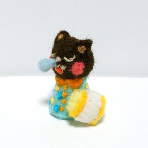 鼻ちょうちん黒猫