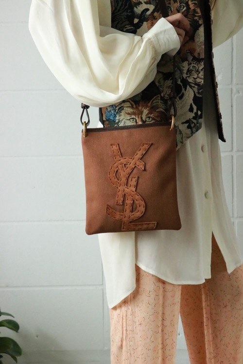 YSL(rive gauche)brown logo pochet