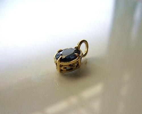 K様オーダーメイドご購入フォーム K18カラーチェンジ・ガーネットの指輪とペンダントヘッド