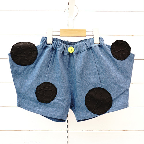BEAR MT UNEVEN DOTS DENIM SHORT PANTS / WOMEN
