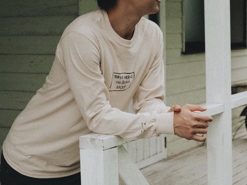 【9/11 21:00販売開始】THREEARROWS BOX LOGO L/S TEE(beige)