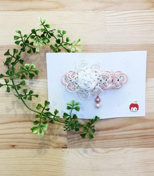 大人の上品さ♡ 大きな花の水引バレッタ(ホワイト&ピンク)
