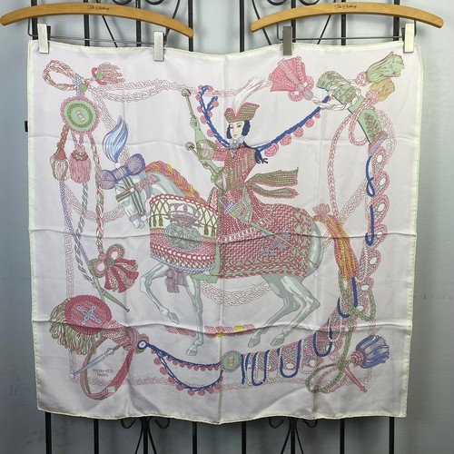 2021SS HERMES CARRES90 Le Timbalier LARGE SIZE SILK 100% SCARF MADE IN FRANCE/エルメスカレ90シルク100%大判スカーフ( ティンパニ奏者 )