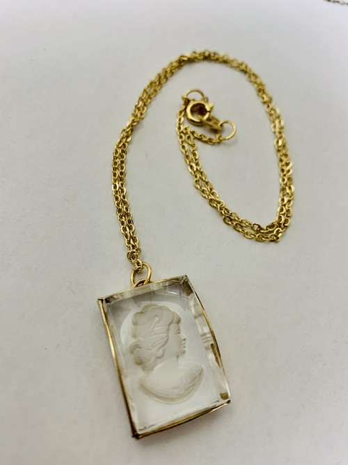 Vintage Intaglio Pendant Necklace ①