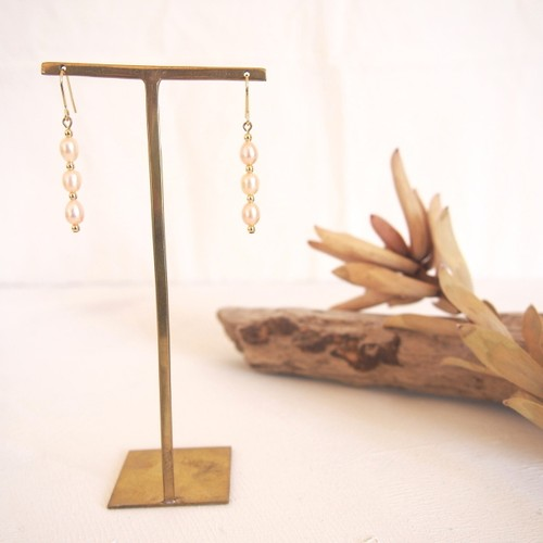 pierce or earring / 淡水パールピアス