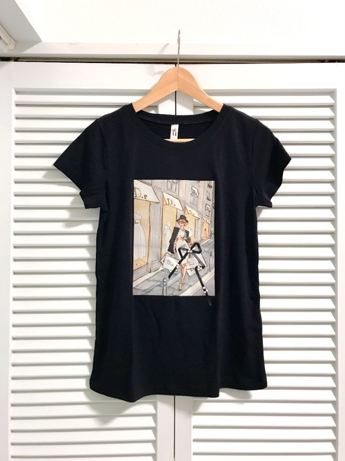 パールとリボンのショッピングガールTシャツ ブラック