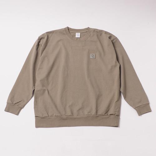 Garment Dye Emblem Sweatshirt designed by tomoo gokita / ATMOS GREEN