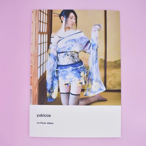 yuki 1st Photo Book