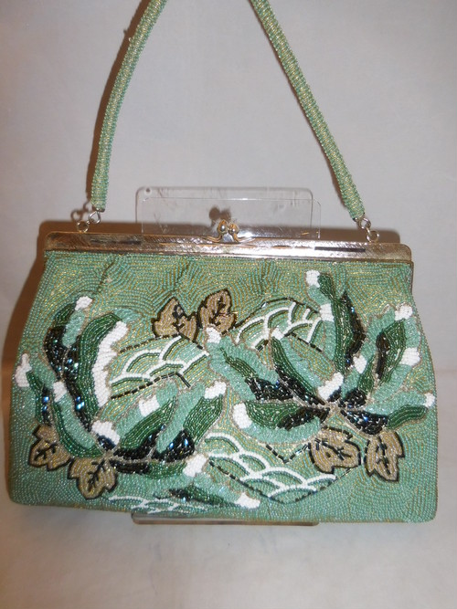 薄緑ビーズビィンテージバック light green color bead vintage bag (made in Japan)(No42)