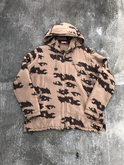 "UNERCOVER / ""small parts"" season camouflage nylon jacket"