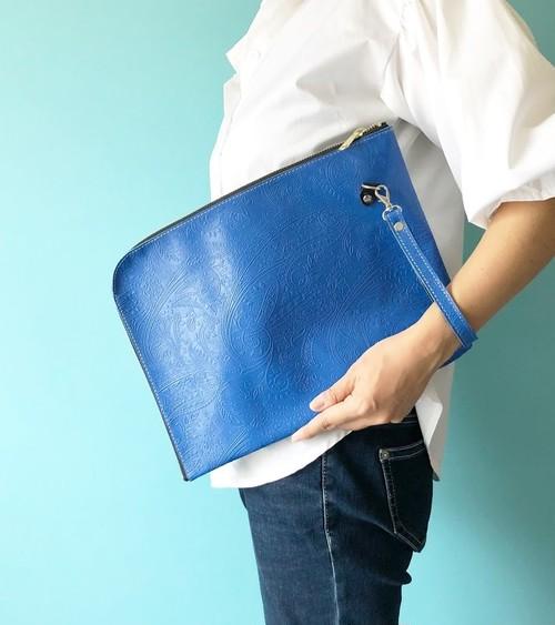 【1点もの/再販なし】A4 すっぽりサイズ L字クラッチ 本革 ペイズリー ブルー & ブラック