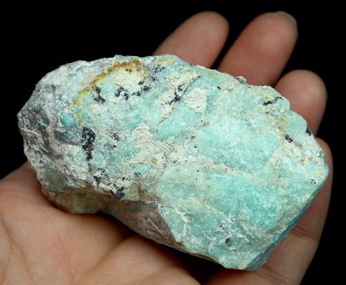自主採掘!アマゾナイト カリフォルニア産 原石 108,4g AZ0052 天河石(てんがせき) 鉱物 天然石