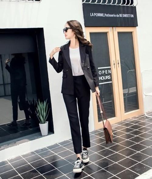 ブラックフォーマル レディース パンツスーツ 長袖 リクルートスーツ オフィス 上下セット 大きいサイズ