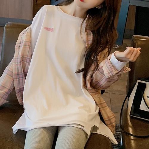 【トップス】カジュアルゆったり履き心地いいストレッチやわらかな素材ダメージ加工Tシャツ