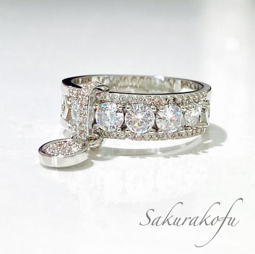 D018A レディース 指輪  人気デザイン チャーム付きリング サイズ豊富