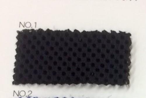 リュックの背中に ダブルラッセル 黒/ベージュ クッション材付きネット生地 150センチ幅 黒 50センチ