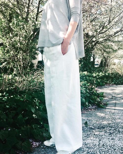 リラックス ワイド * Linen パンツ 〜 オフ白 & 紺