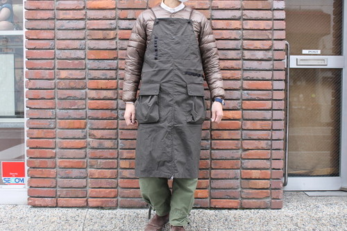 NANGA / TAKIBI FIELD APRON