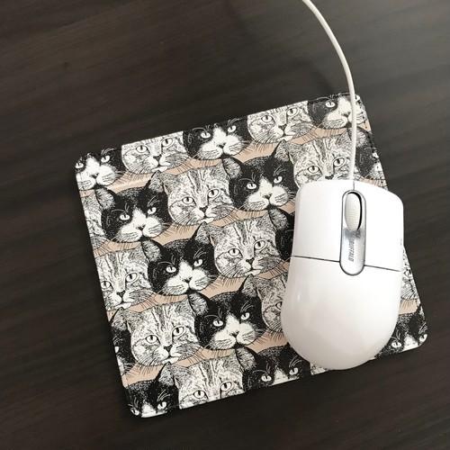 トラとハチ  マウスパッド