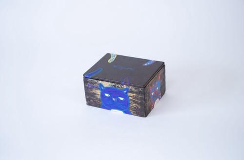 木箱(トラミとやんちゃ)