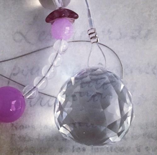 サンキャッチャー 天然石 虹色 クリスタル ピンク 茶 お祝い 誕生日 プレゼント