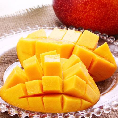 宮古島産 贈答用 完熟アップルマンゴー1kg(2~3玉)15度以上  新鮮  宮古島産マンゴー