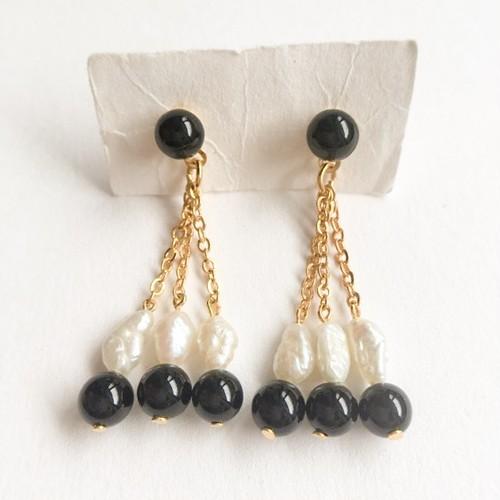 """AVON"" Genuine Freshwater Pearl Onyx pierce[p-339]"