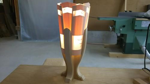 木と深山和紙が織りなすやわらかな灯り 木製 テーブルランプ   No.   024