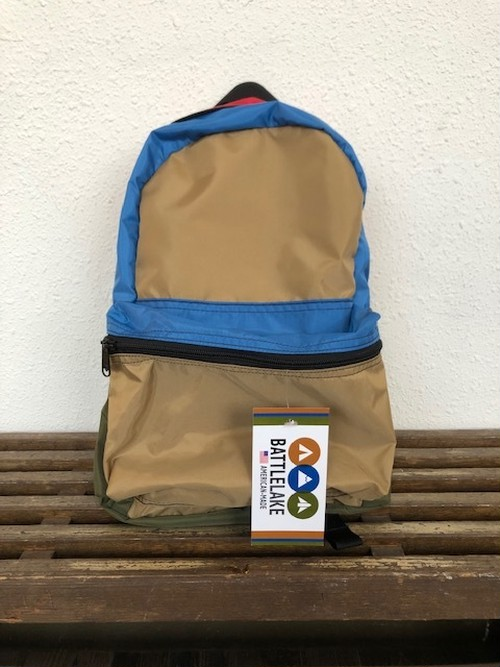 """BATTLE LAKE     """"RAINBOW DAY PACK(PACK CLOTH CRAZY)"""