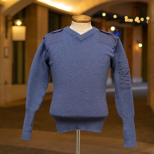 OLD ROYAL AIR FORCE V-NECK SWEATER
