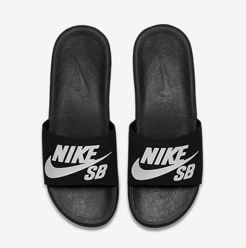 Nike SB Benassi Solarsoft サンダル Black