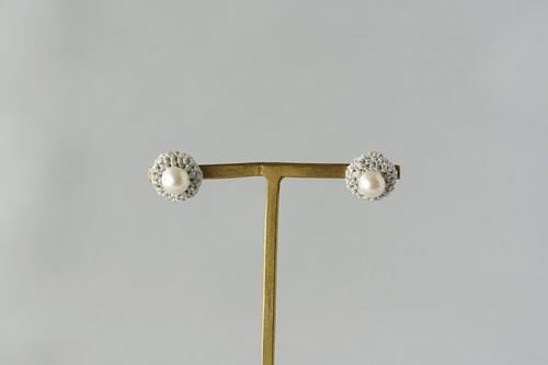 marble 白金色のピアス