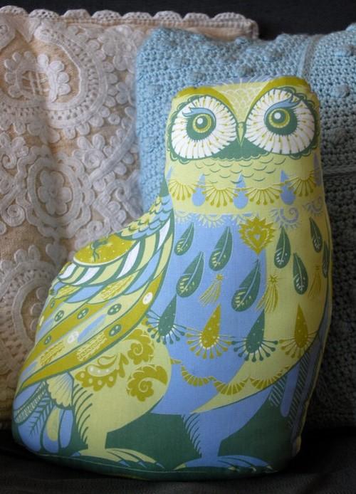 Oswald the Owl Tea Towel / Cloth Kit
