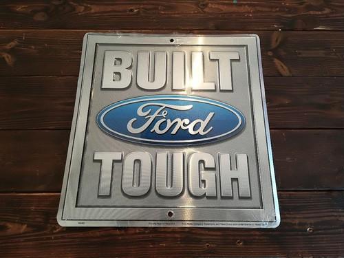 アメリカ産ブリキ看板「FORD・フォード」メタル エンボス ライセンス品