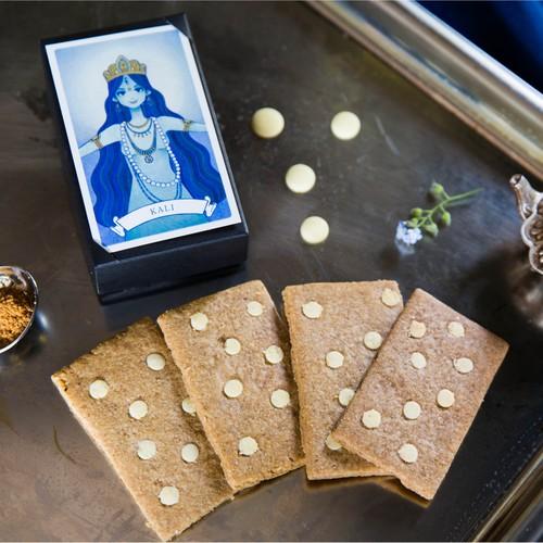 【革新の女神 KALI】スパイス&ホワイトチョコレートクッキー 箱入りカード型クッキー・女神のメッセージカード付