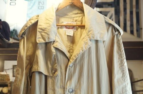 80's BANANA REPUBLIC traveler's nylon Coat