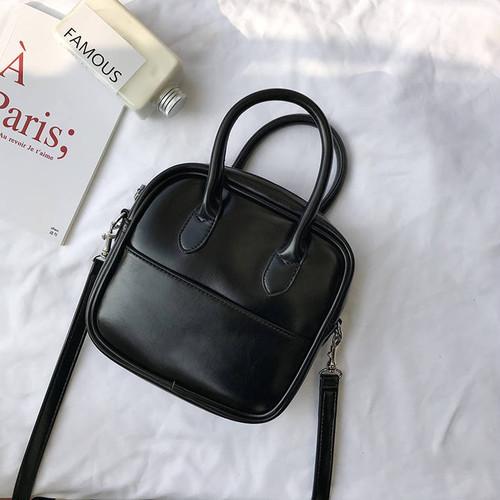 【送料無料】 2wayで使える♡ シンプル レトロ PU スクエア型 ミニサイズ ショルダーバッグ ハンドバッグ