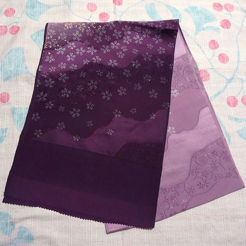紫色のぼかしに桜模様 帯揚げ