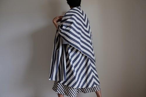 ロング ケープ コート Re_1say / 綿麻 太ストライプ 【 アイボリー と ネイビーシャンブレー 】 long cape / cotton linen thick striped pattern【 ivory & navy blue 】