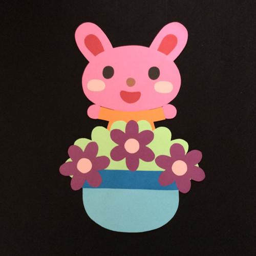 誕生表に使えるウサギ(紫)の壁面装飾